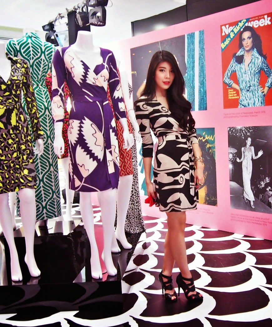 http://www.dvf.com/new-julian-two-mini-silk-jersey-wrap-dress/D779101G14_RUNWAY.html?dwvar_D779101G14__RUNWAY_size=0&dwvar_D779101G14__RUNWAY_color=CLDRN