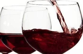 Το κόκκινο κρασί και η σοκολάτα προστατεύουν από τη νόσο Αλτσχάιμερ
