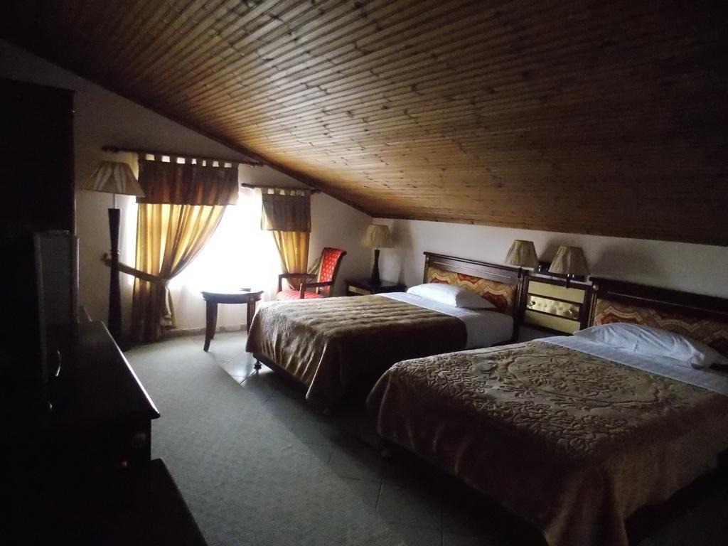 HOTEL ELIZA