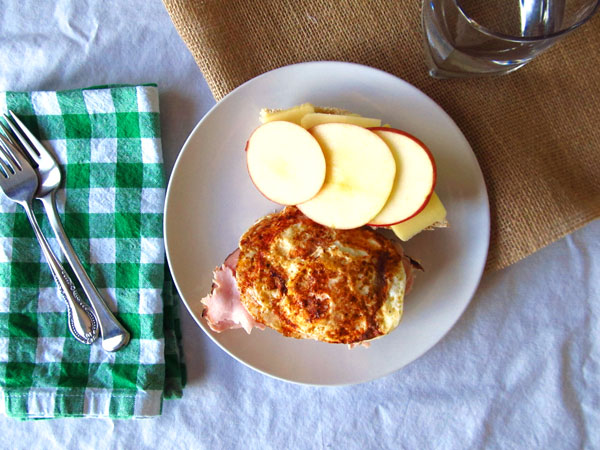 The Best Ham Sandwich with Apples and an Egg