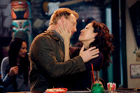 Cristina Yang (Sandra Oh) and Owen Hunt (Kevin McKidd) in 7.21 I Will Survive