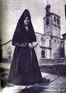 Candelaria con el traje de Misa en 1929