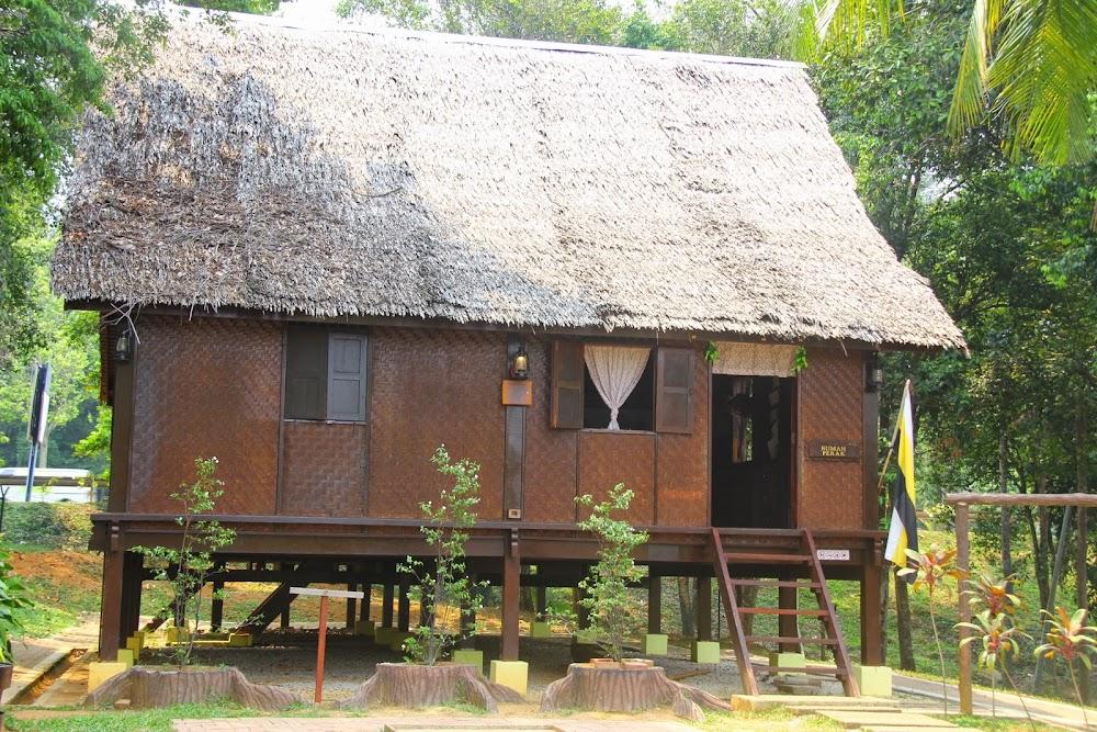 Rumah Perak