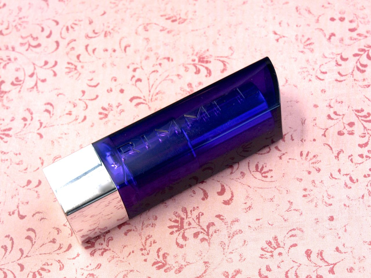 "New 2014 Rimmel Moisture Renew Lipstick in ""240 Tower of Mauve"": Review and Swatches"