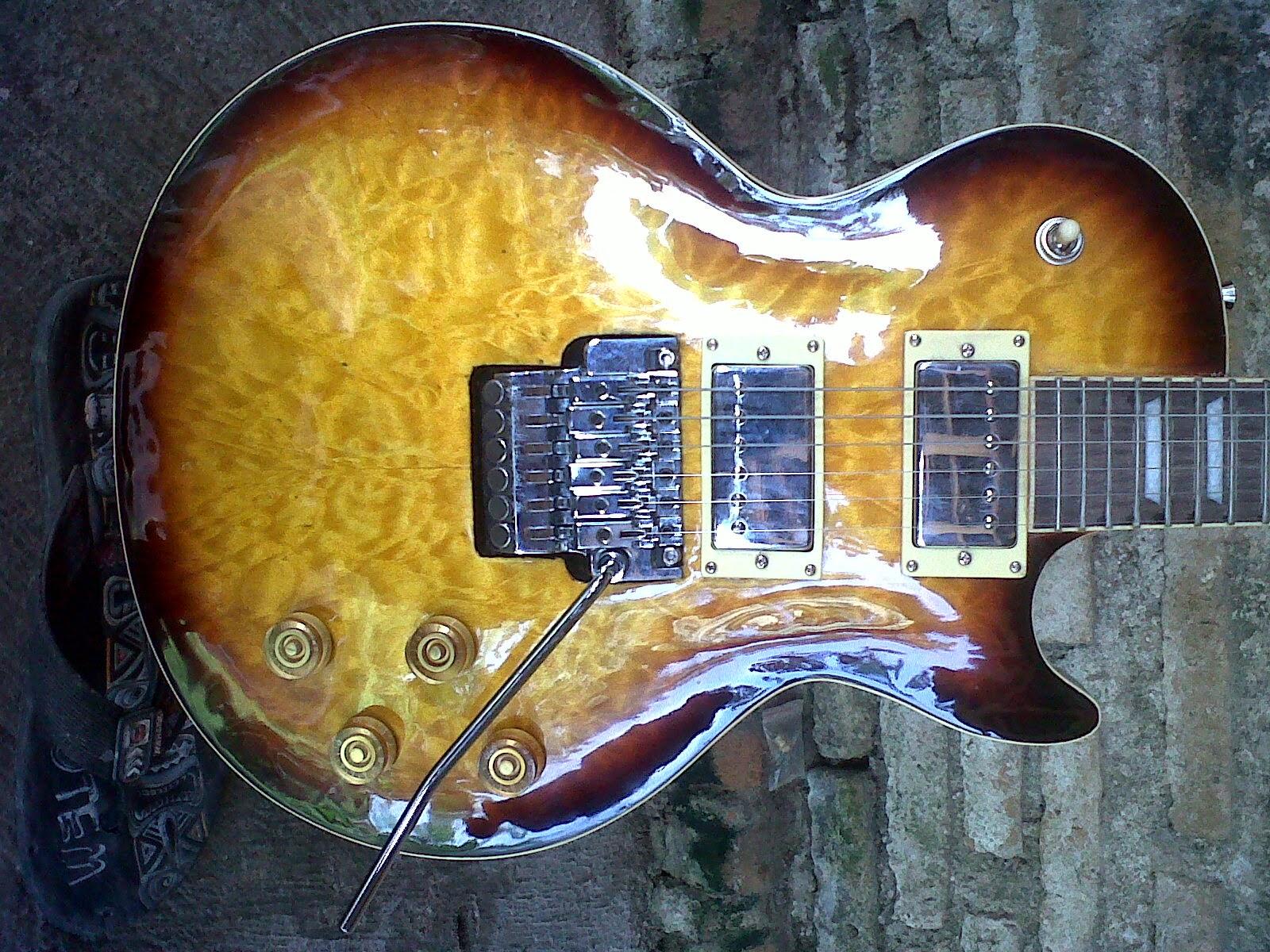 Gitar Mesem Pusat Pengrajin Solo Gibson Les Paul Updown Pick Kerang Up Gnb Trimolo Flayingroses Inlay Dleyer Grofer Senar Dadario Freed Stenlist Baja Soal Kualitas Dan Fenishing Di Jamin Mulus