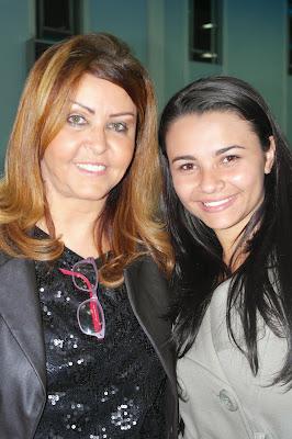 Cantora Shirley Carvalhaes e Cantora Francielle Miranda