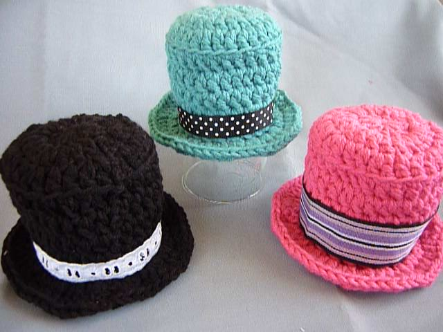 Mamma That Makes Mini Tophat Crochet Video Tutorial