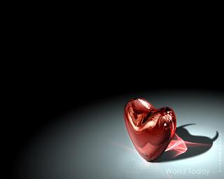 karanlıkta aydınlanan kalp görüntüsü bilgisayar ekran resimleri