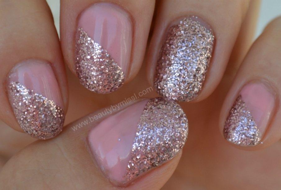 3rd finger manicure