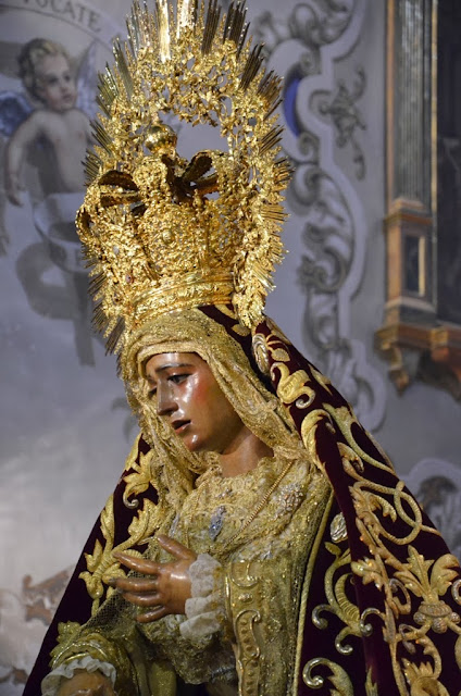 María Stma de la Amargura Coronda  ( Sevilla )