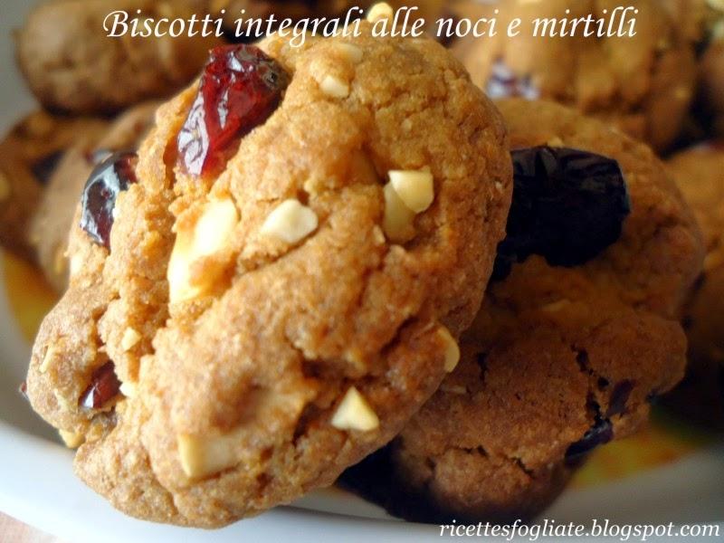 biscotti integrali alle noci e mirtilli