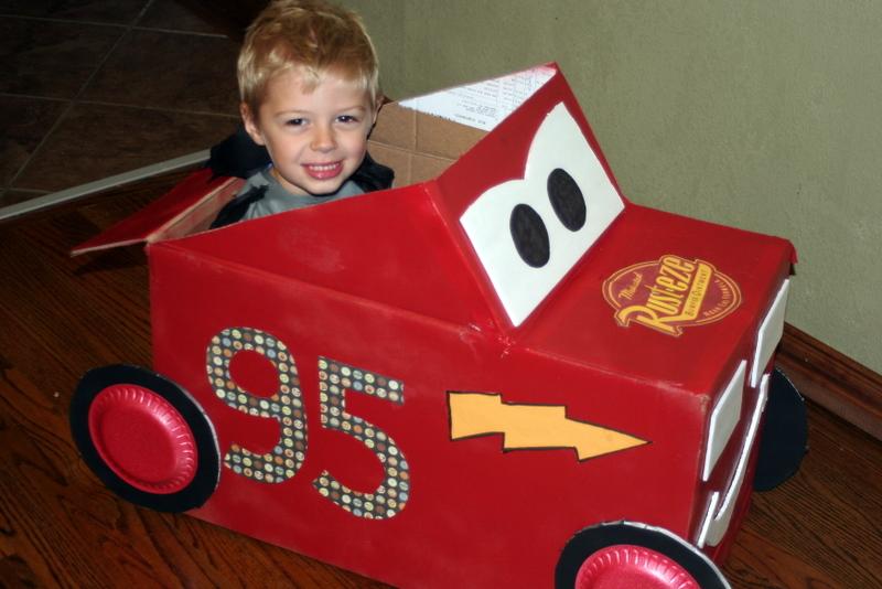 Машины из коробок  для детей фото