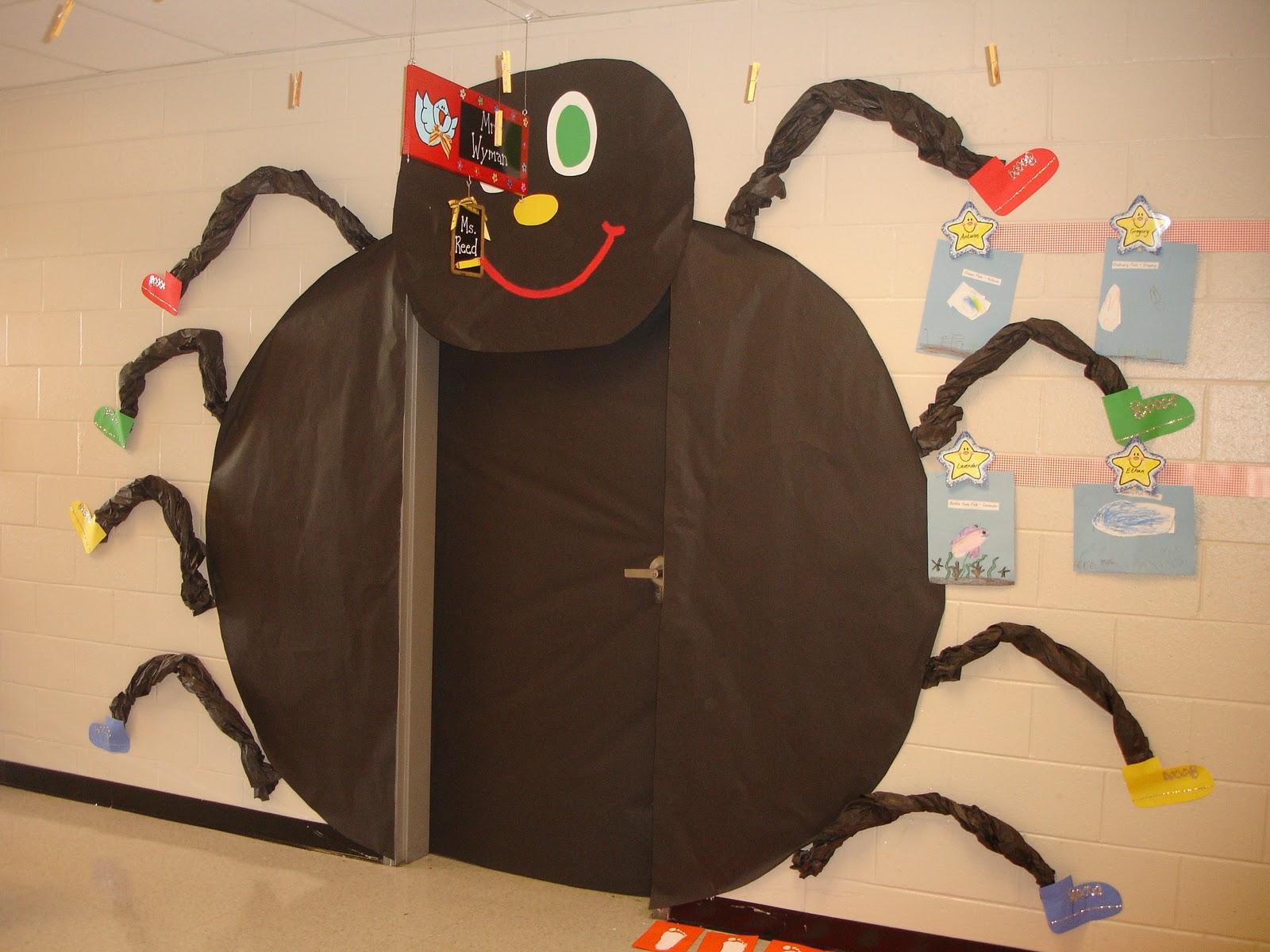 classroom door halloween ideas
