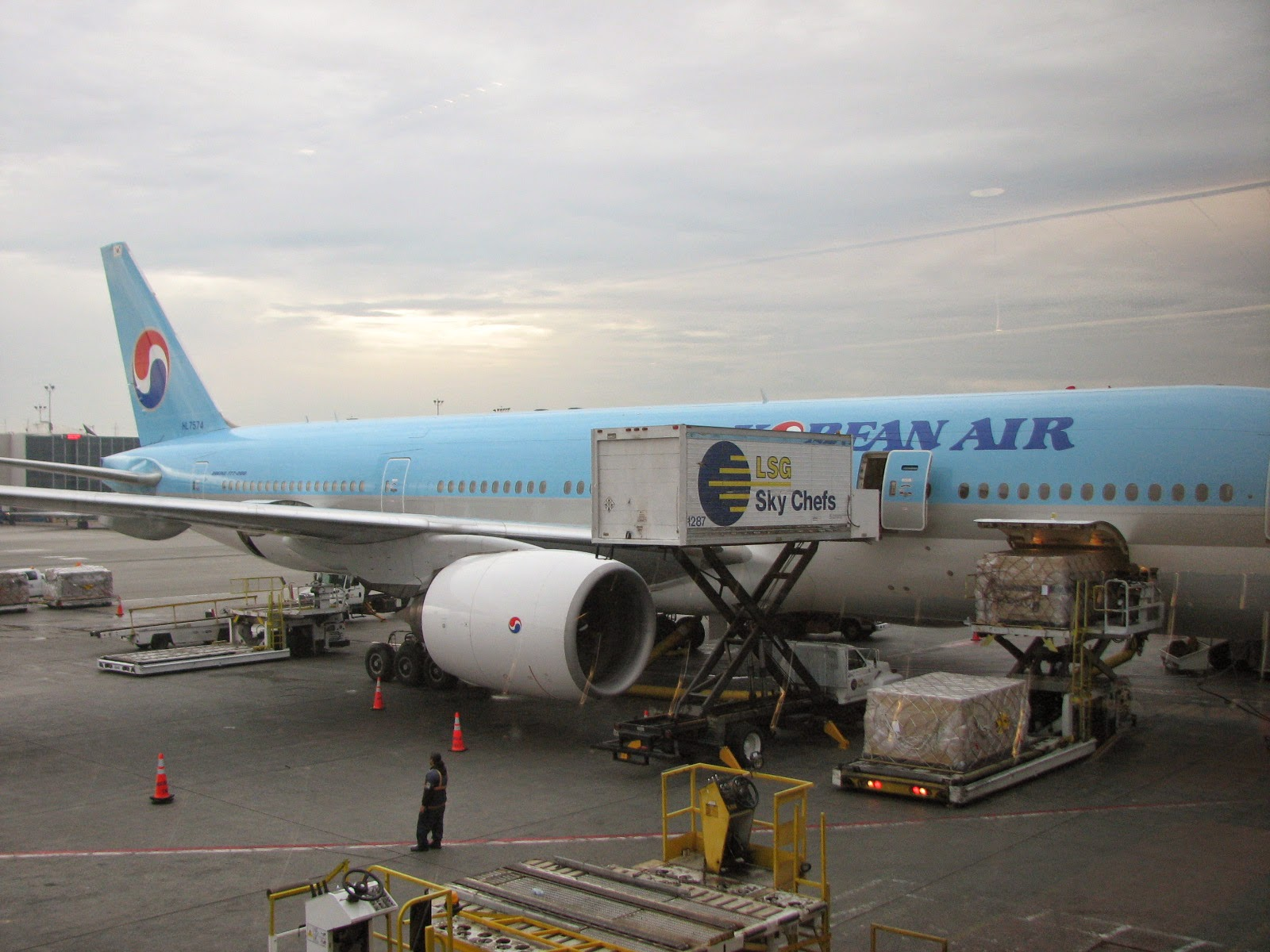 Great Choice: Japan To Adopt Boeing 777s As Government Aircraft