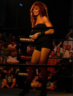 lo mejor de la diva pelirroja en el ring