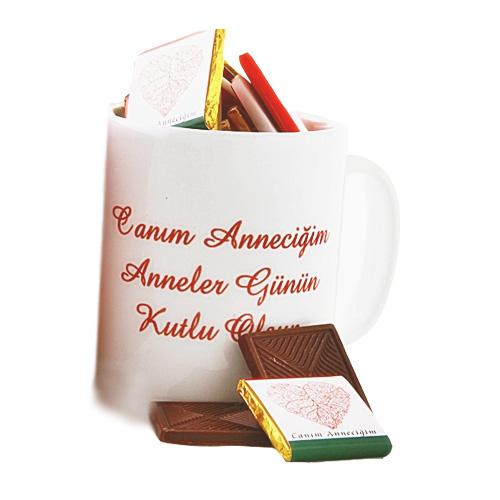 Anneler Gününe Özel Kupada Çikolata