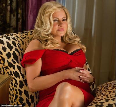 Holly Celebrity Gossips Stifler S Mom Has Still Got It