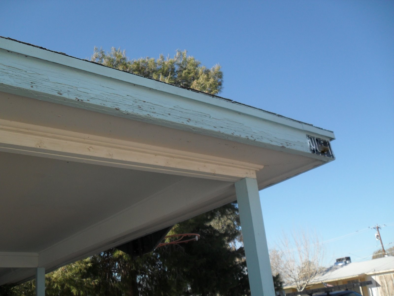 How to paint fascia boards - Fascia Board Paint Damaged By Hail Re Painting Covered