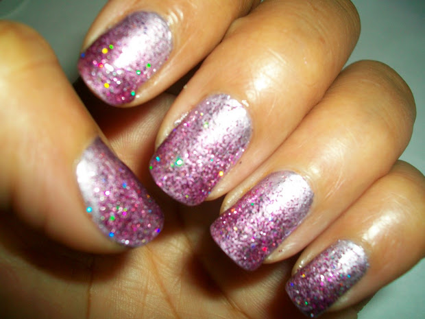 fashion lookout ombre nails