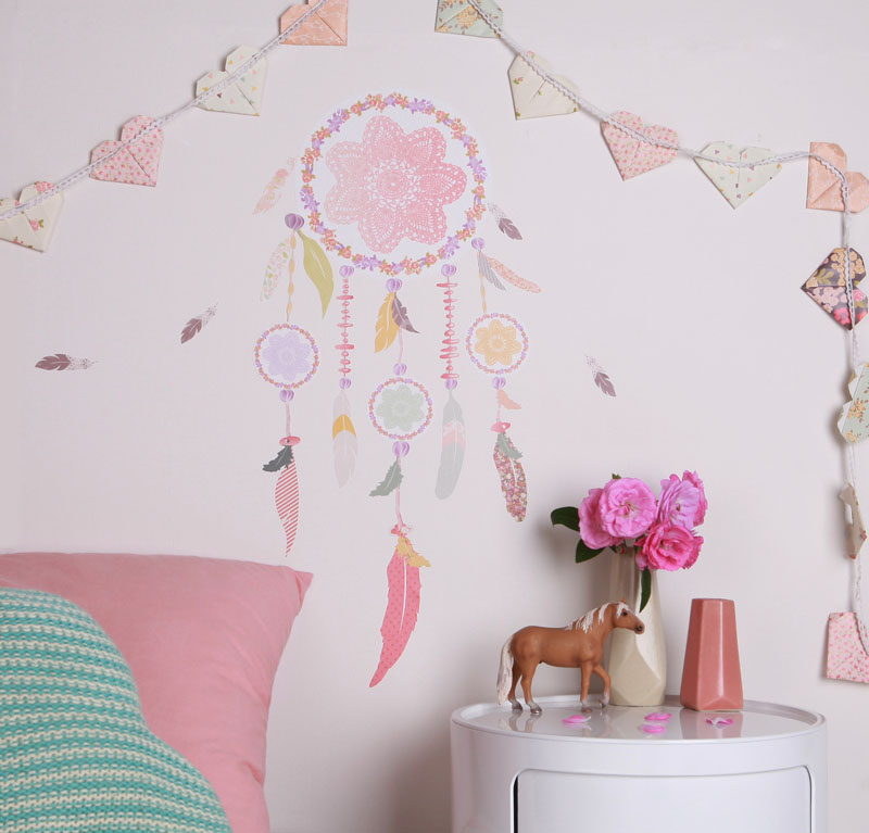 http://www.lovemae.com.au/shop/fabric-wall-stickers/dream-catcher.html