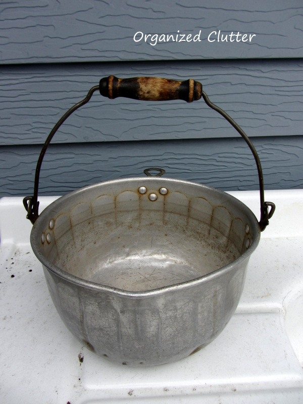 Vintage Kettle Perfect for an Outdoor Plant www.organizedclutterqueen.blogspot.com