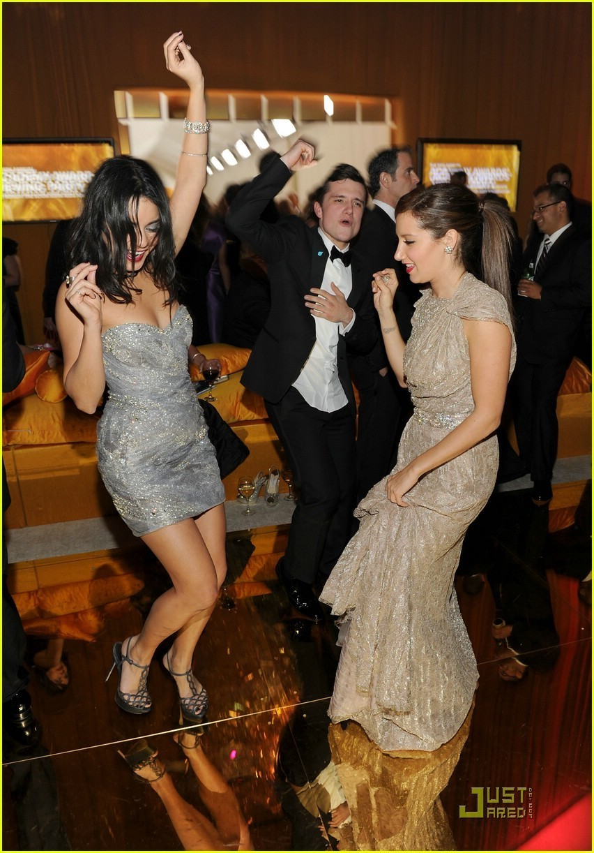 josh hutcherson girlfriend celebrities ways to enjoy life