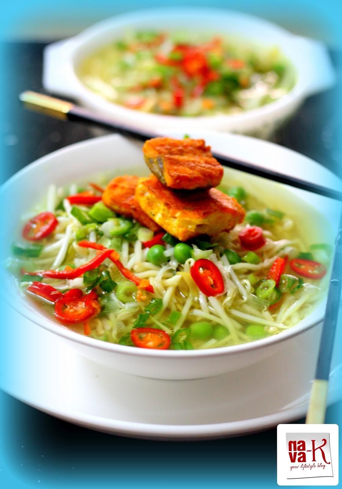 nava-k: Thai Salmon Noodle soup