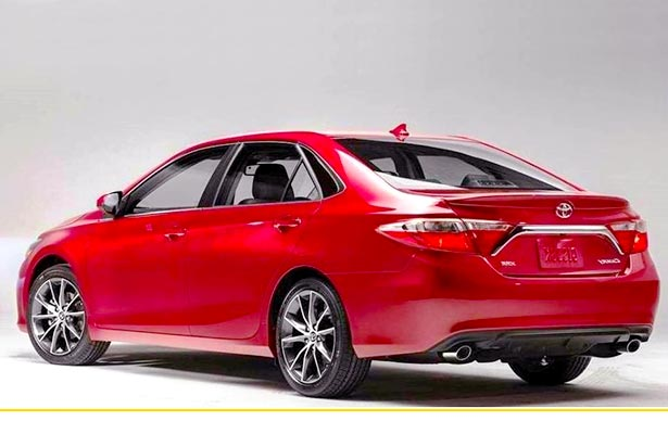 2016 Toyota Camry SE Review and Price