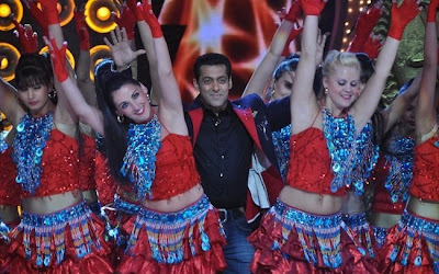 Salman Khan's Dashing performance in People's Choice Awards