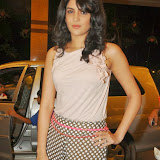 actress-deeksha-seth-pictures-6