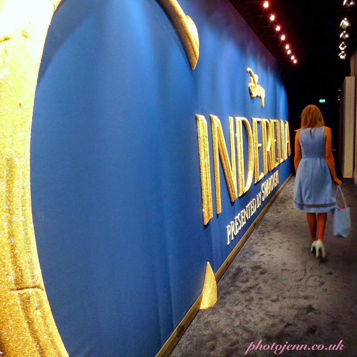 Cinderella-exhibition-2015-london-movie