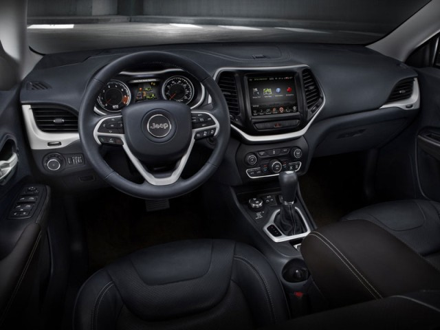 Jeep Cherokee 2014 new interior