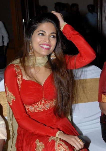 Parvathy Omanakuttan in Red Salwar masala Parvathy Omanakuttan videos Parvathy Omanakuttan hot, , bollywood gossips, south actress, tamil actress pictures, hot images, south indian stars images, tamil actress, south indian, spicy videos,