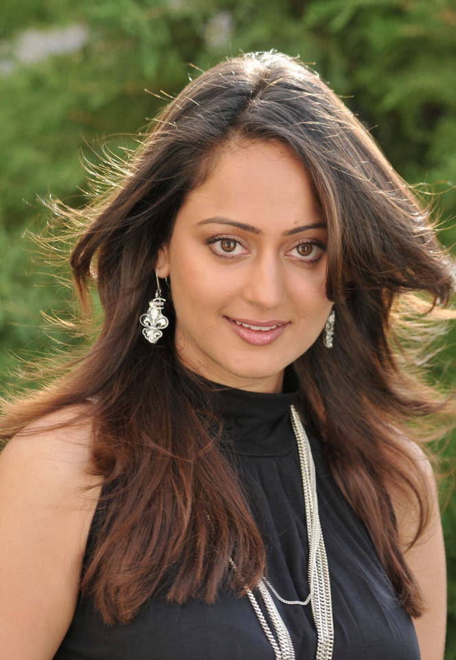 Kaveri Jha Latest Hot Black Dress Photoshoot Picture Gallery