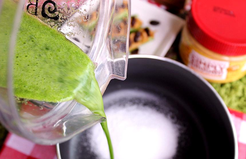 Homemade celery leaf juice