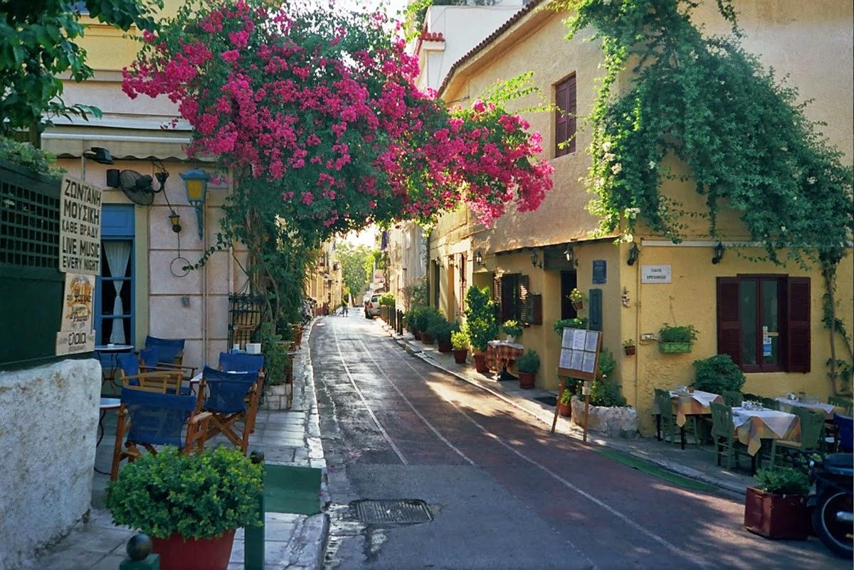 El barrio de Plaka de Atenas