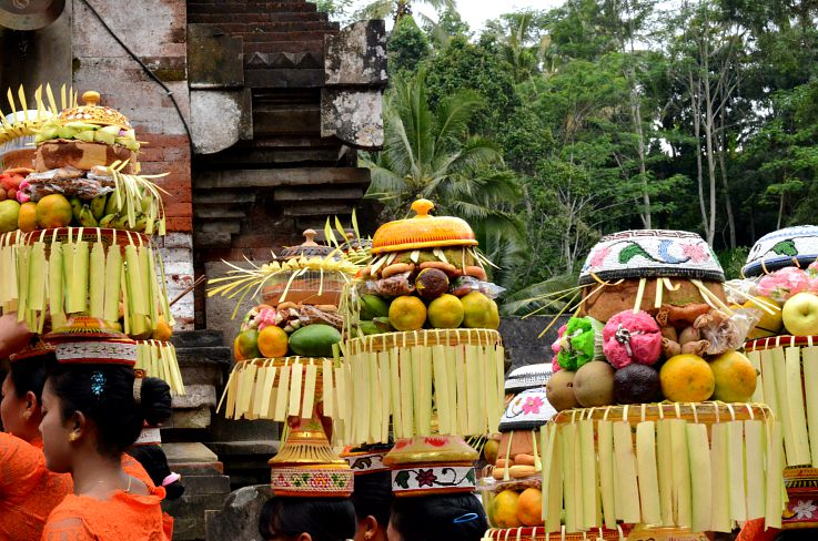 Bali, Indonesia, Full moon ceremony, Holy Water temple