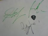 As I Lay Dying, Bucuresti, Arenele Romane, 19 noiembrie 2011 - semnaturi si pana
