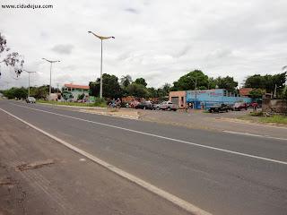 Retorno perigoso do distrito industrial na Av. Leão Sampaio.