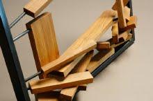 Jérôme DUMETZ, artisan-designer exposait ses meubles et créations plastiques en bois et métal