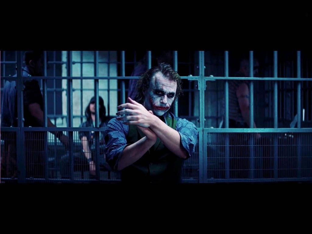 http://3.bp.blogspot.com/-sedR0FMgK3g/TiXFM9HnskI/AAAAAAAAAn0/OAeOdz9bi6M/s1600/Joker+Wallpaper-21.jpg