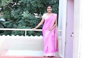 Swathi Dazzling in Pink saree-thumbnail-9