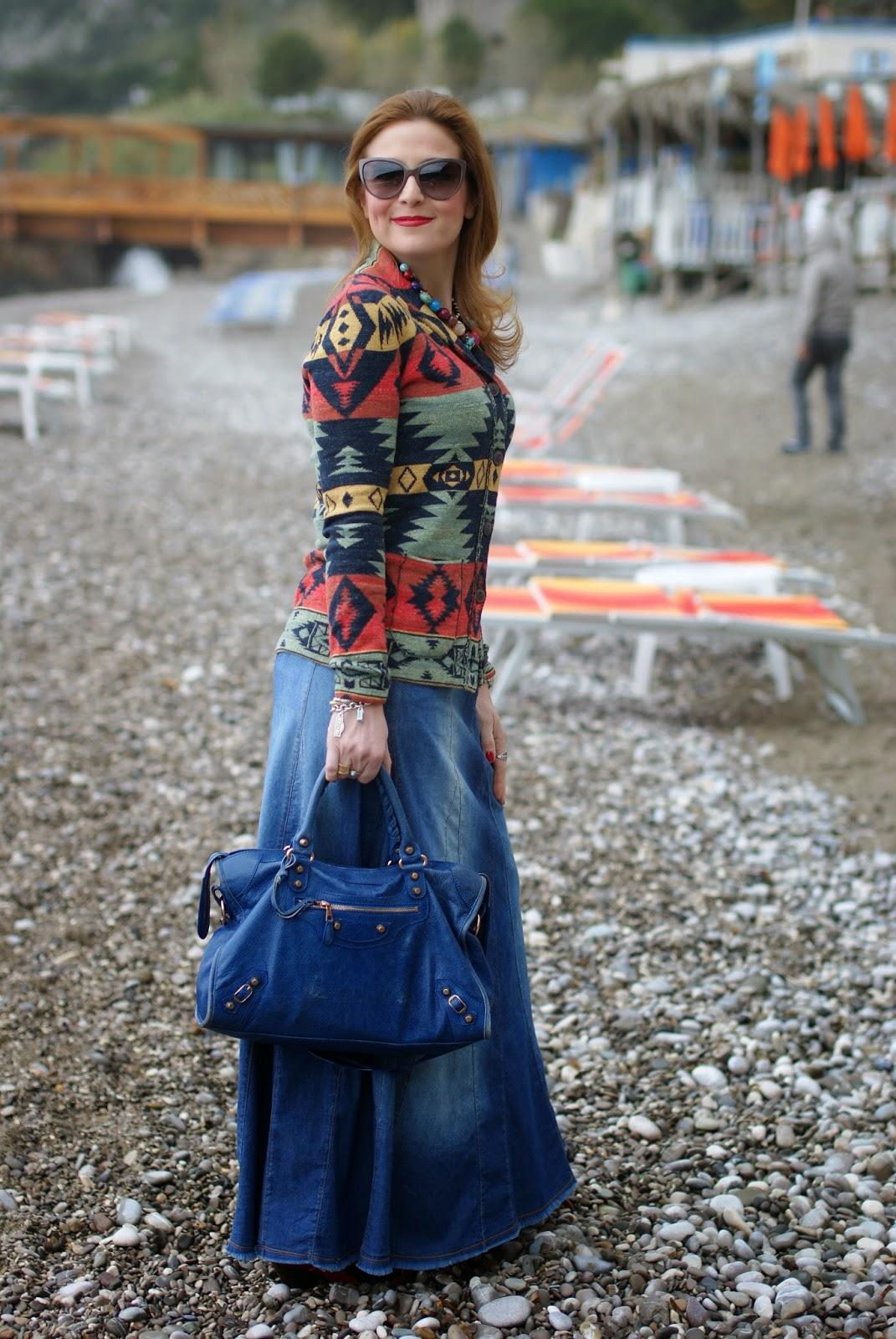 Denim Maxi Skirt Outfits - Dress Ala