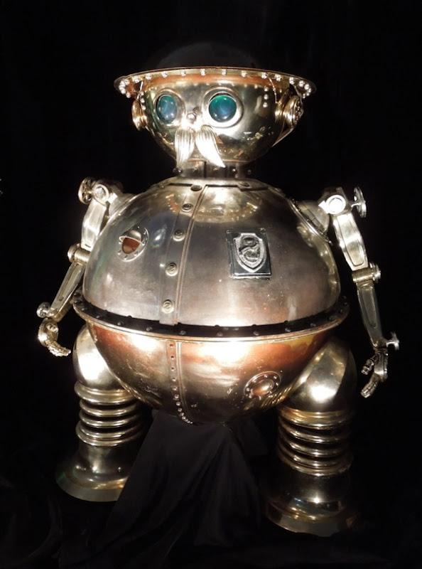 Return to Oz Tik Tok clockwork robot