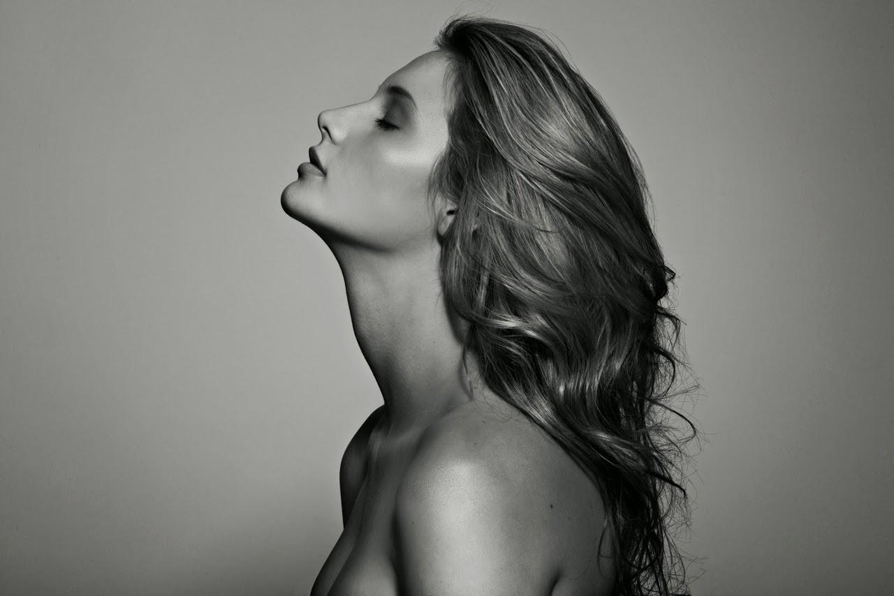 Women-With-Beautiful-Skin
