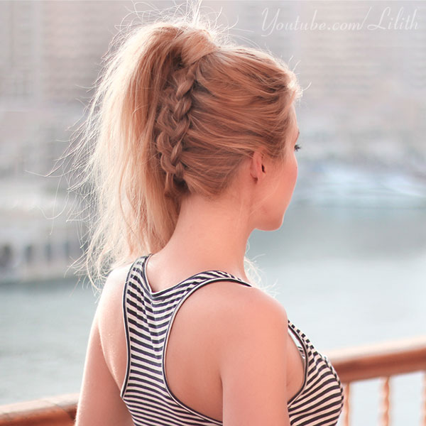 Lilith Moon Ponytail A La Beyonce Reversed Braid And Navy Look