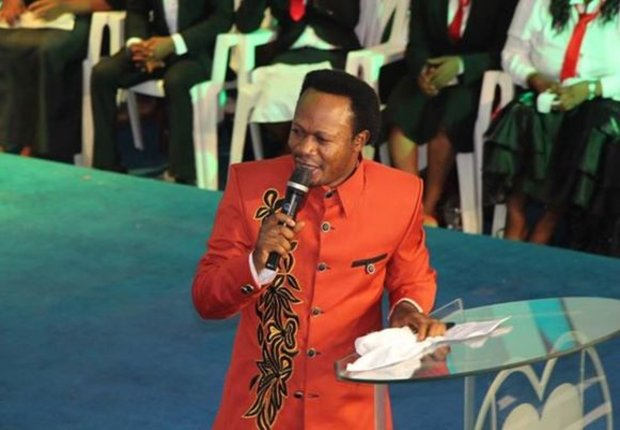 Nigerian Pastor Gives Out 22 Cars, Millions Of Naira To Celebrate Birthday