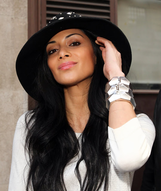 Nicole Scherzinger Fashionable Hairstyles Photos 17