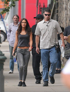 Megan+Fox+%E2%80%93+Teenage+Mutant+Ninja+Turtles+2+Set+in+NYC+3.jpg