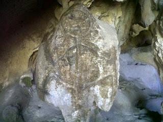 Descubren nueva cueva de indígenas en la comunidad Los Coles de Cambita Garabito